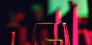 Shanghai Newspaper_China's wine app culture at a glance