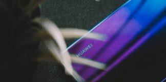 Shanghai Newspaper_ Huawei resists US economic bullying